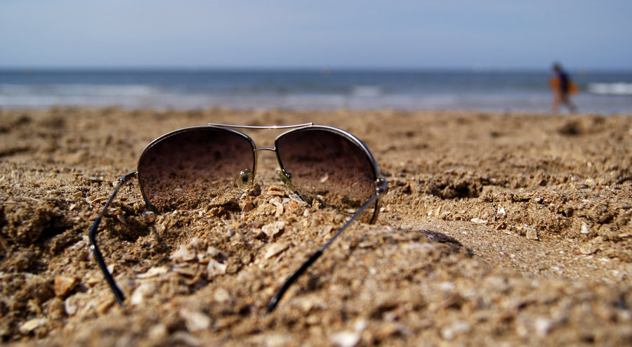 sunglasses_on_the_beach_by_chopshopstuk-d3bys0r