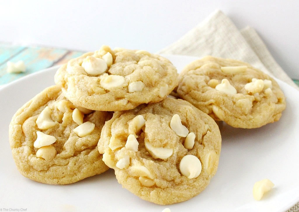 Soft-and-Chewy-White-Chocolate-Macadamia-Nut-Cookies-8